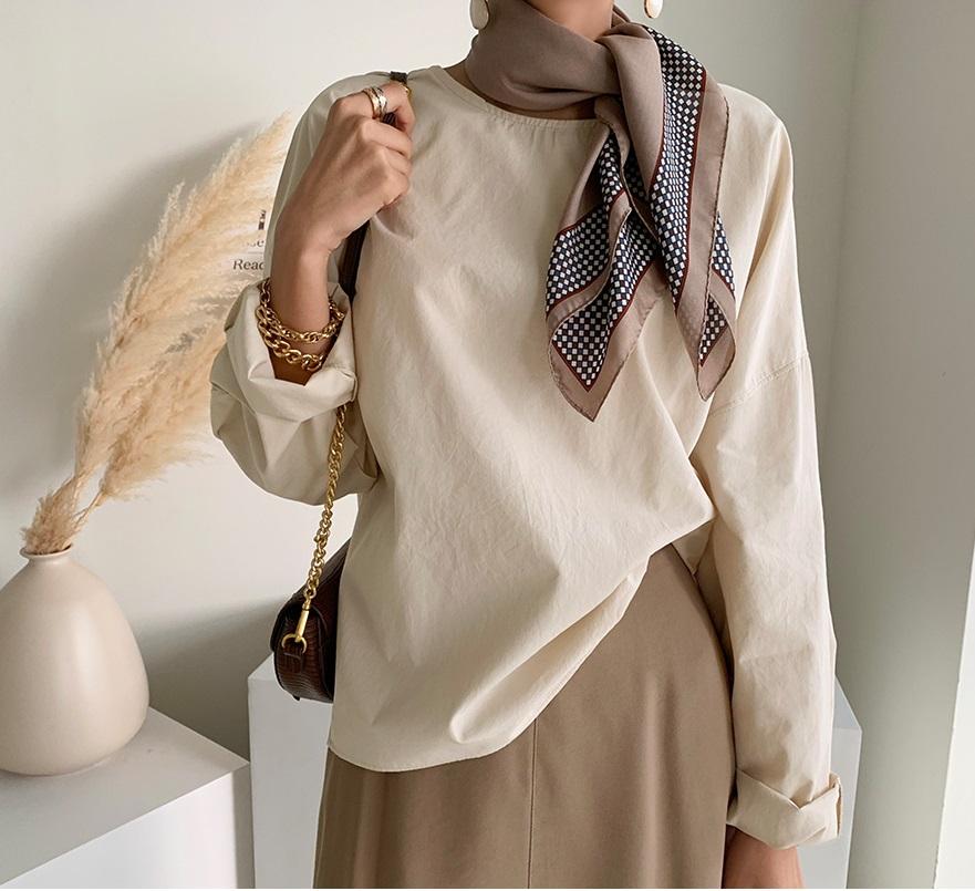 Áo blouse trơn màu đúng là chân ái của nàng công sở, có đến 10 cách diện mà cách nào cũng sang xịn hết cỡ - Ảnh 10.