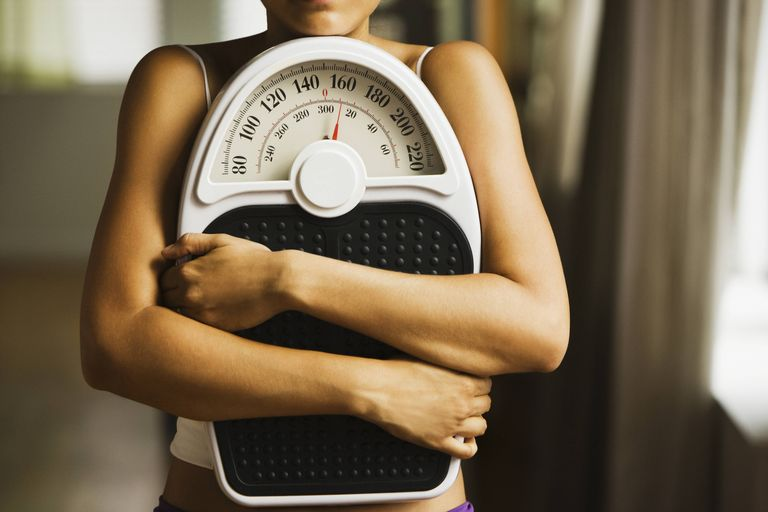 Không cần biết bạn gầy hay béo, nếu cơ thể có 7 dấu hiệu này nghĩa là bạn cần phải giảm cân lập tức nếu không muốn ảnh hưởng đến sức khỏe - Ảnh 1.