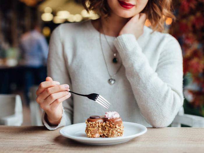 Không cần biết bạn gầy hay béo, nếu cơ thể có 7 dấu hiệu này nghĩa là bạn cần phải giảm cân lập tức nếu không muốn ảnh hưởng đến sức khỏe - Ảnh 4.