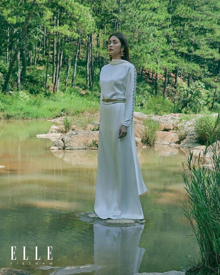 Hà Tăng lấn át Seo Ye Ji khi đụng hàng, thần thái sang chảnh của ngọc nữ Việt quả không phải tầm thường - Ảnh 6.