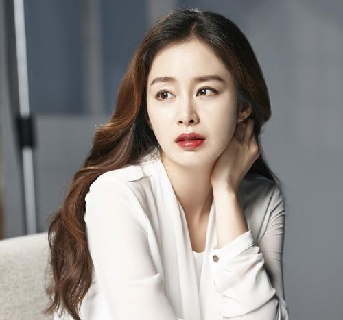 """BXH mỹ nhân Hàn Quốc đẹp nhất trong mắt người nước ngoài: Son Ye Jin và Suzy bất ngờ về chót, """"trùm cuối hóa ra là người này - Ảnh 5."""