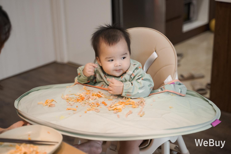 """Yếm ăn dặm tàu vũ trụ: Có phải là """"bảo bối"""" cho mẹ bỉm sữa dễ thở hơn khi để con ăn dặm BLW? - Ảnh 6."""