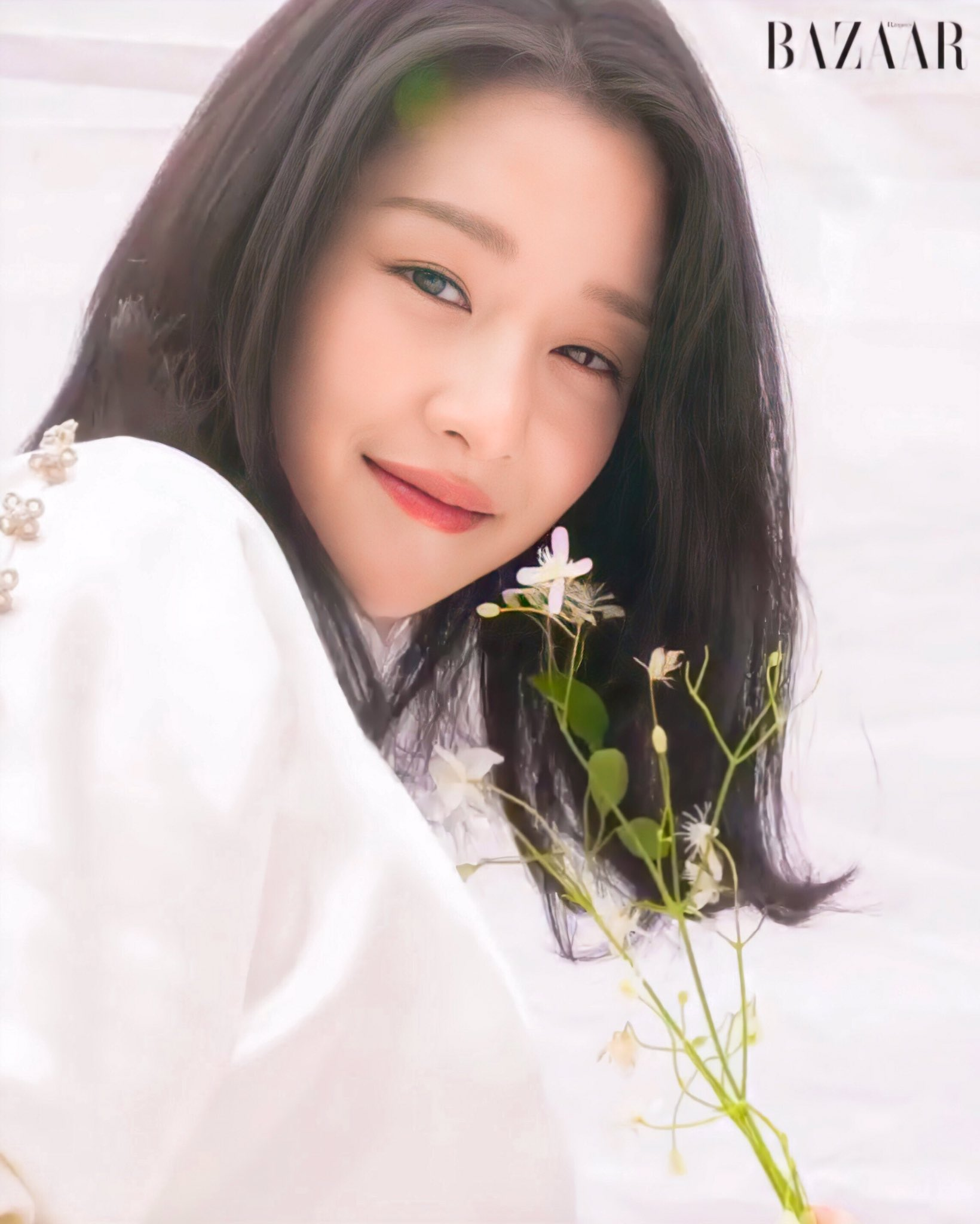 Hà Tăng lấn át Seo Ye Ji khi đụng hàng, thần thái sang chảnh của ngọc nữ Việt quả không phải tầm thường - Ảnh 3.