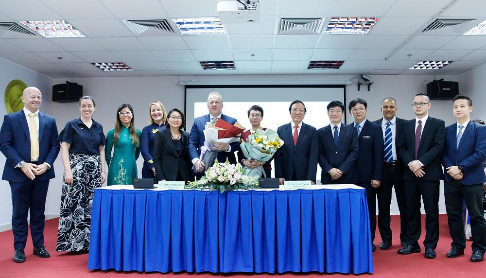 """Hợp tác với các đối tác hàng đầu thế giới, Vinmec """"đón đầu"""" công nghệ điều trị ung bướu tại Việt Nam - Ảnh 2."""