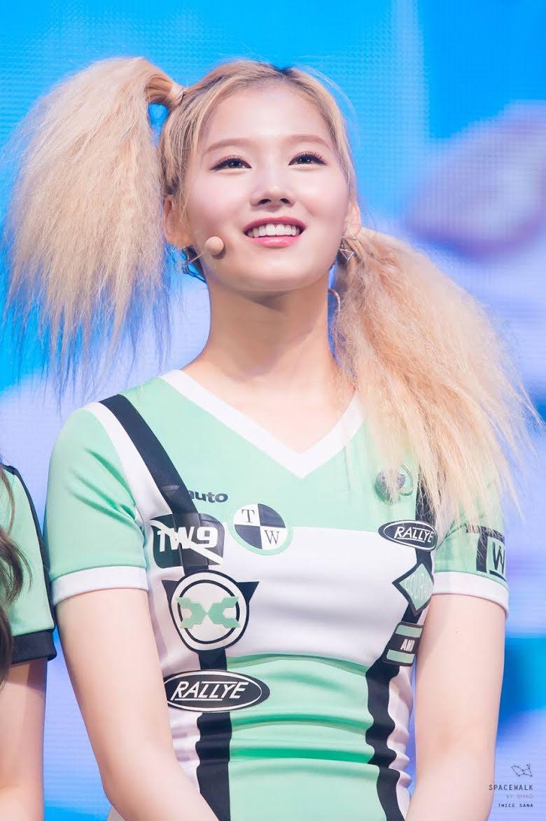 """Cứ nói mãi về Tzuyu mà quên mất Twice còn có một mỹ nhân với nhan sắc đỉnh đến độ """"cân"""" hết được mọi kiểu tóc - Ảnh 4."""