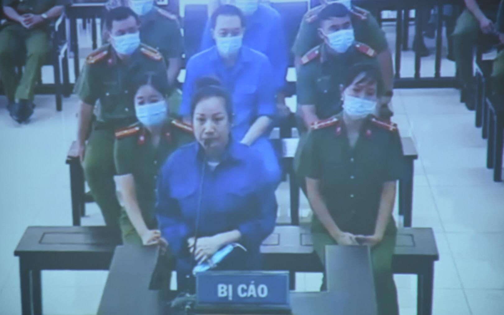 """Vợ Đường """"Nhuệ"""" lĩnh án 18 tháng tù giam vụ thao túng đấu giá đất ở Thái Bình"""