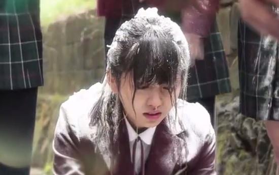 Kim So Hyun và bộ phim lấy đề tài bạo lực học đường đến mức phải chọn cái chết và màn vực dậy sau biến cố - Ảnh 2.