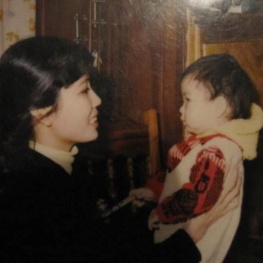 Mẹ vừa qua đời, MC Diệp Chi gửi lời nhắn nhủ đến em gái  - Ảnh 3.