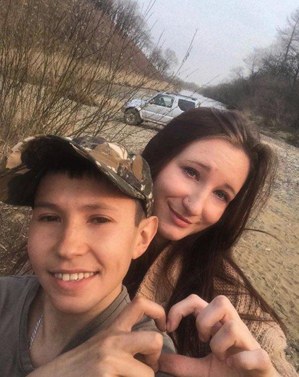 14 tuổi đã có bạn gái, lái xe và đi săn, thiếu niên thoải mái làm mọi thứ mà không bị cảnh sát tuýt còi nhờ vào một bí mật - Ảnh 7.