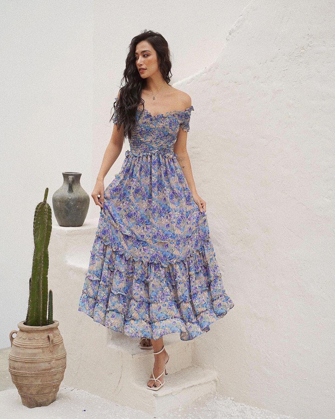 """Trời se lạnh mà """"quẩy"""" váy dáng dài là style sẽ yêu kiều như gái Pháp, điểm sang chảnh cũng tăng ngùn ngụt - Ảnh 7."""
