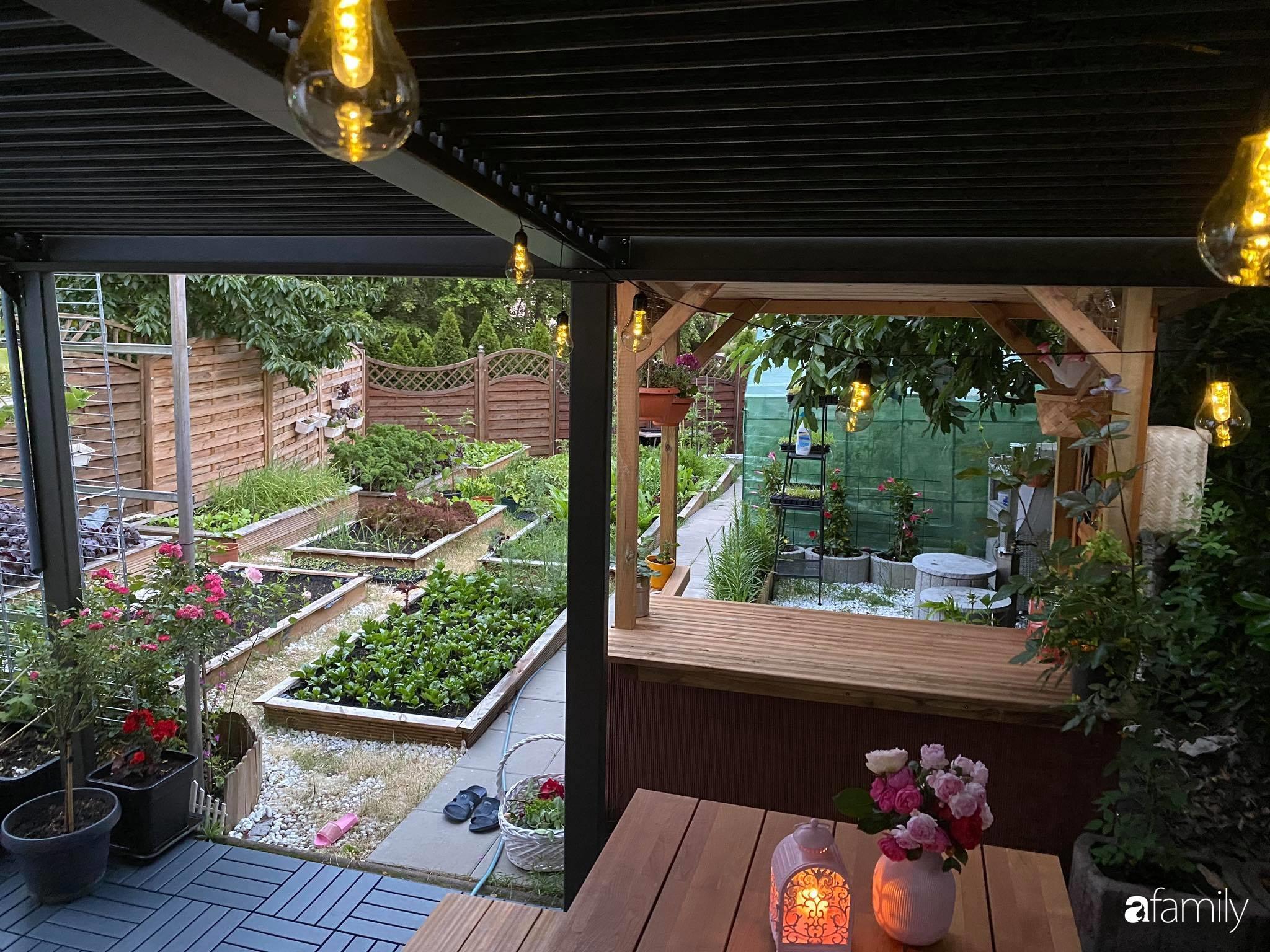 Khu vườn 300m² giữa đô thị náo nhiệt vẫn an yên, thư thái nhờ mẹ Việt trồng cây và hoa tốt tươi - Ảnh 17.