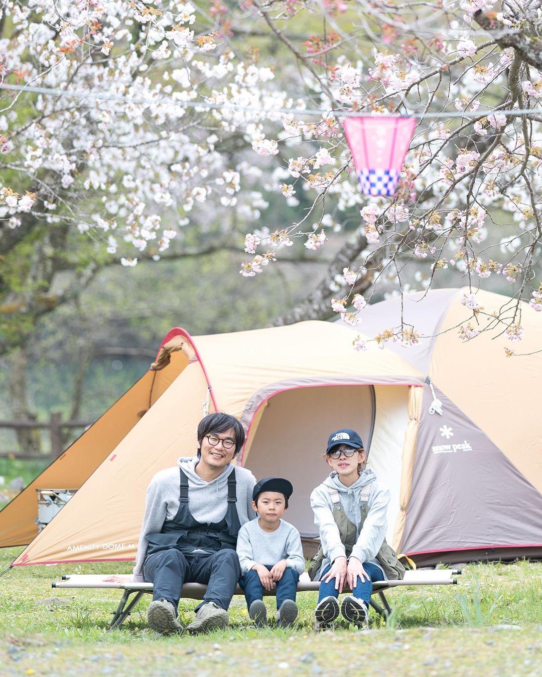 """Có một nước Nhật đẹp đến nao lòng qua ống kính của ông bố trẻ """"mê"""" chụp ảnh vợ và con trai, ai xem xong cũng """"tan chảy"""" - Ảnh 1."""