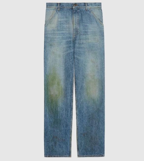 """Gucci khiến giới thời trang cười xỉu khi ra mắt quần jeans phong cách """"xòe xe trời mưa"""" giá 18 triệu - Ảnh 1."""