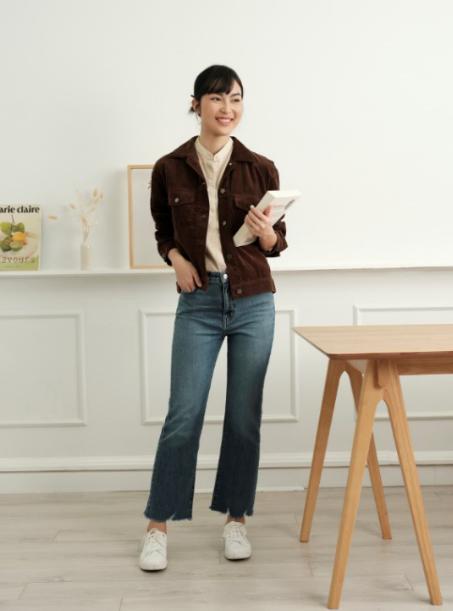 """Đã """"nịnh dáng"""" lại thoải mái, nhất định phải sắm ít nhất một chiếc quần jeans từ Uniqlo! - Ảnh 2."""