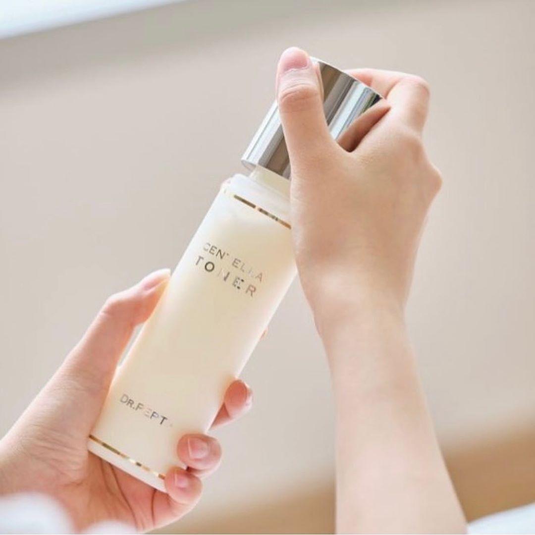 Gái Hàn Nhật có 2 tuyệt kỹ dưỡng ẩm - chống nắng tối quan trọng để da dẻ luôn mướt mát, xóa mờ sự xuất hiện của nếp nhăn - Ảnh 3.
