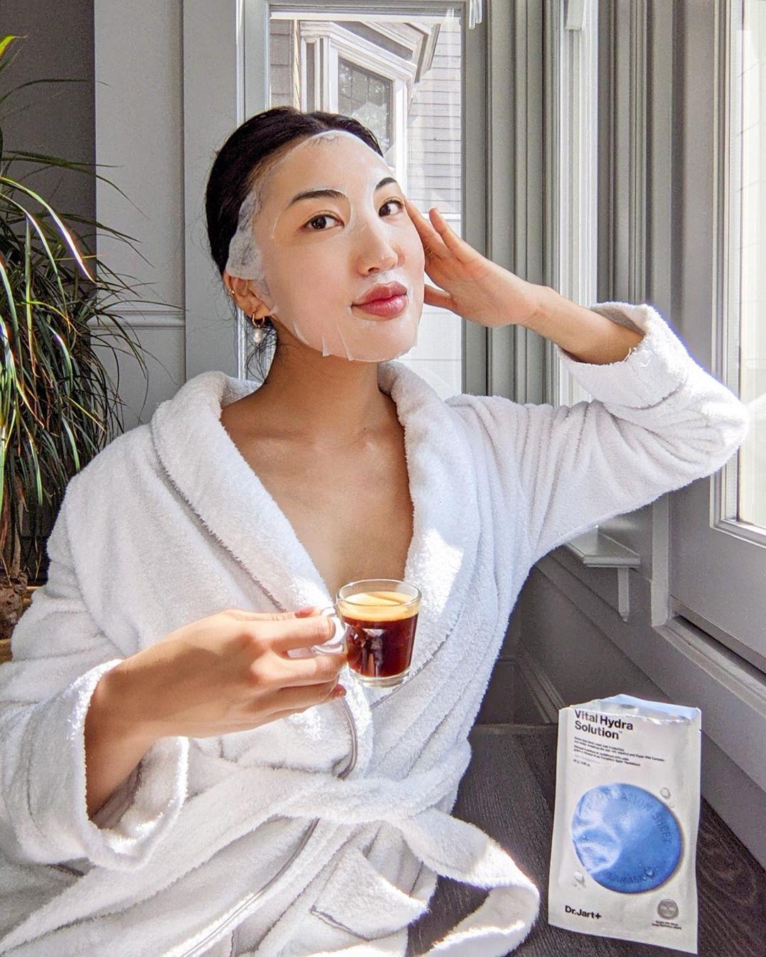 Gái Hàn Nhật có 2 tuyệt kỹ dưỡng ẩm - chống nắng tối quan trọng để da dẻ luôn mướt mát, xóa mờ sự xuất hiện của nếp nhăn - Ảnh 5.