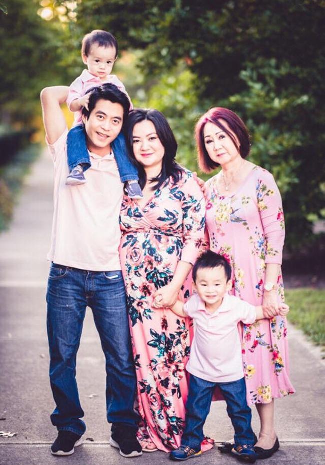 Mỹ nhân Việt có bầu ở tuổi mười tám, đôi mươi: Người đẻ sòn sòn 5 năm 3 đứa, người thiếu hụt kiến thức, ly hôn sớm - Ảnh 2.