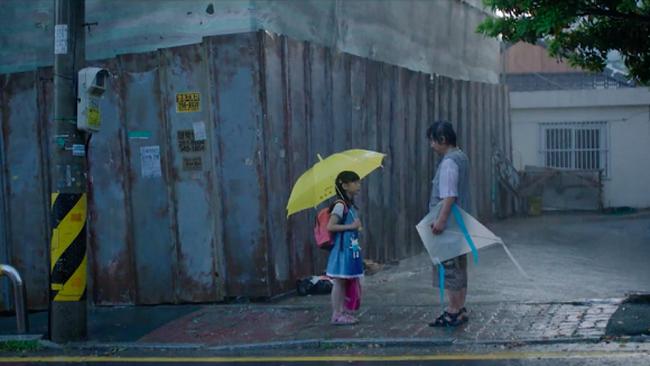 """Phỏng vấn bố bé Nayoung trước thềm kẻ ấu dâm gây ám ảnh Hàn Quốc được trả tự do: """"Con gái tôi vẫn luôn phải mặc tã, không dám xem TV"""" - Ảnh 4."""