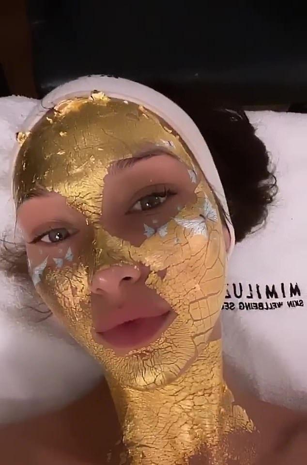 """Sự thật về những chiếc mặt nạ vàng 24K đang được chị em săn lùng: Công dụng có thực sự """"thần thánh"""" như nhiều người đồn thổi? - Ảnh 5."""