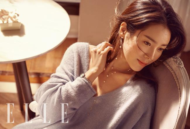 BXH top 10 mỹ nhân đẹp nhất xứ Hàn: Hoàn mỹ như Song Hye Kyo, Son Ye Jin vẫn phải lùi bước trước một người đẹp 49 tuổi  - Ảnh 2.