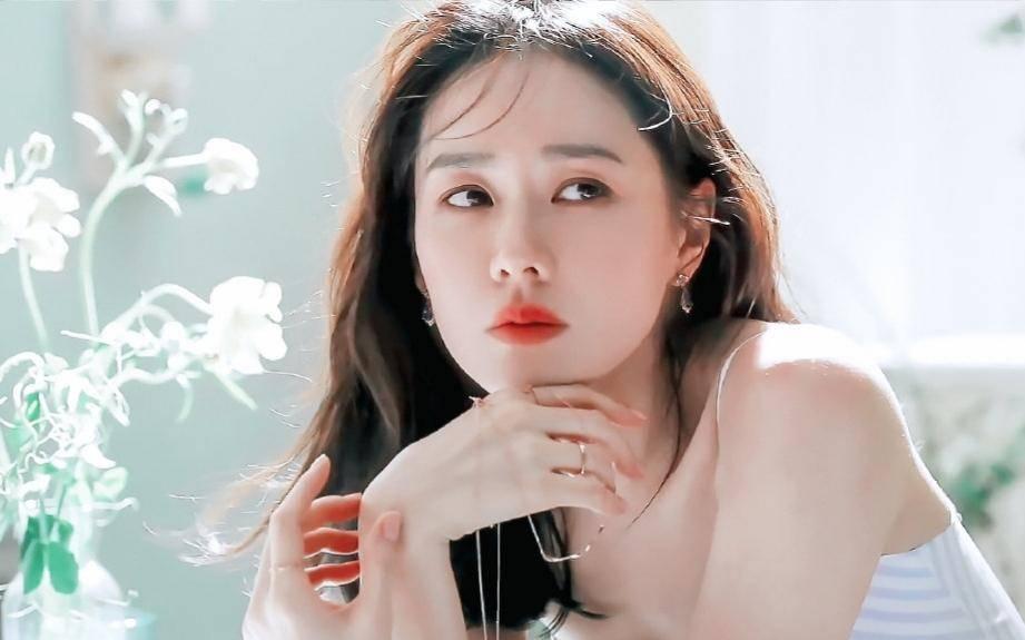 BXH top 10 mỹ nhân đẹp nhất xứ Hàn: Hoàn mỹ như Song Hye Kyo, Son Ye Jin vẫn phải lùi bước trước một người đẹp 49 tuổi  - Ảnh 4.
