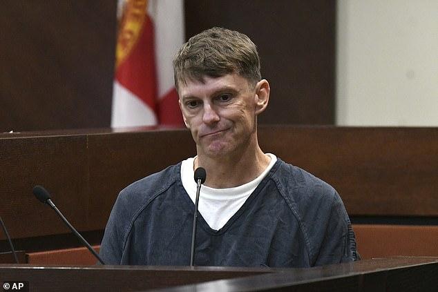 Người đàn ông bị cá sấu ăn thịt mất dạng đến 16 năm sau, cảnh sát mới phát giác ra âm mưu thâm độc của ả vợ và gã bạn thân - Ảnh 9.
