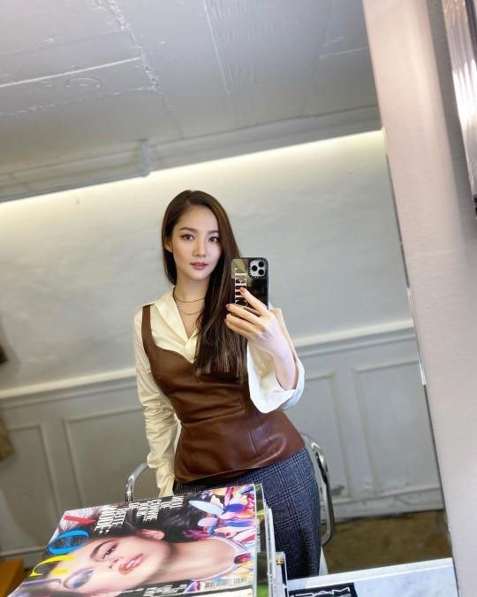 """Lee Min Ho vừa dính tin đồn hẹn hò cựu Hoa hậu Hàn Quốc, """"tình cũ"""" Park Min Young liền có động thái gây chú ý - Ảnh 2."""