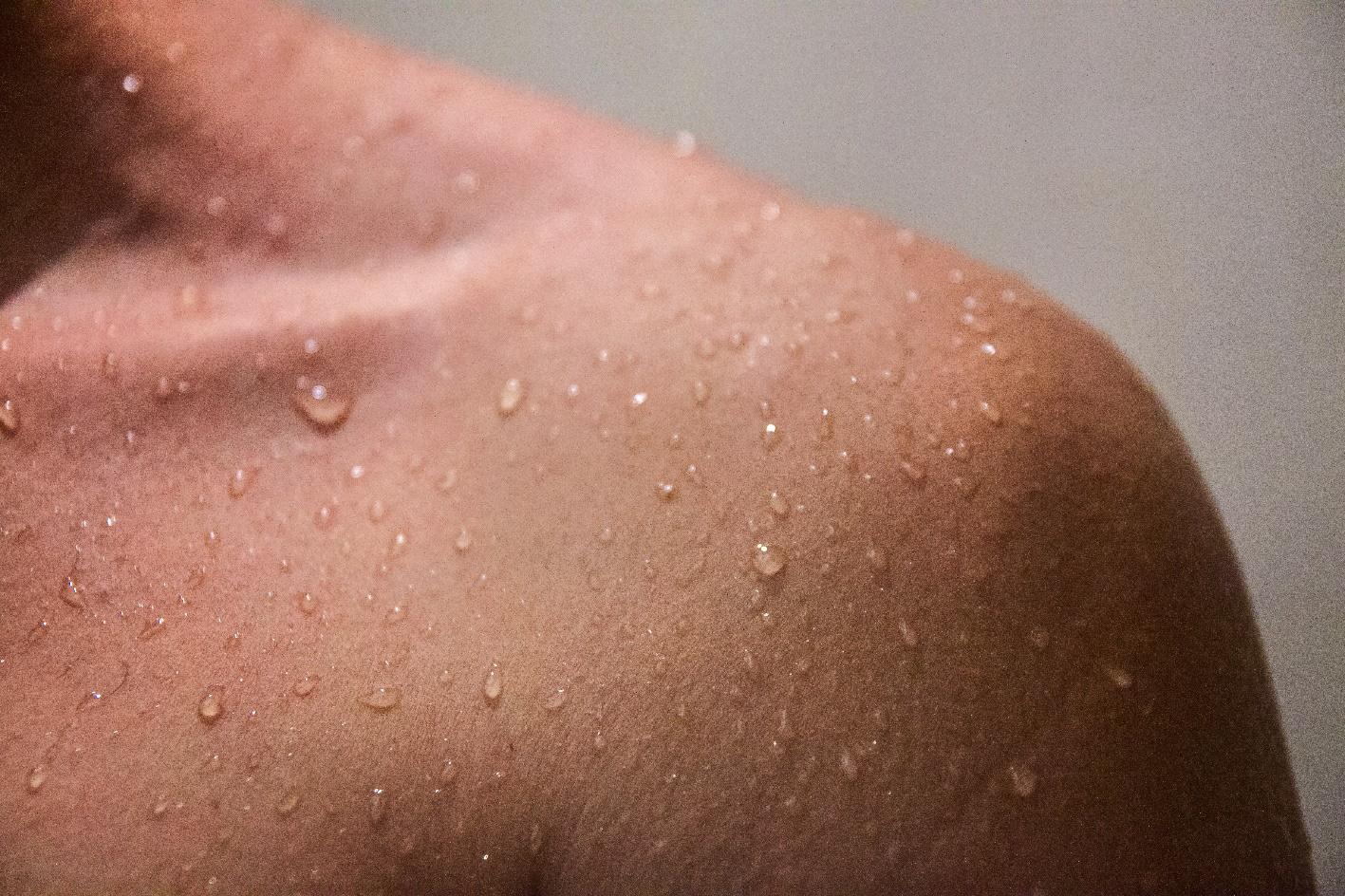 """Chỉ cần một bước làm sạch đúng cách, da bạn sẽ """"lên hương"""" - Ảnh 3."""