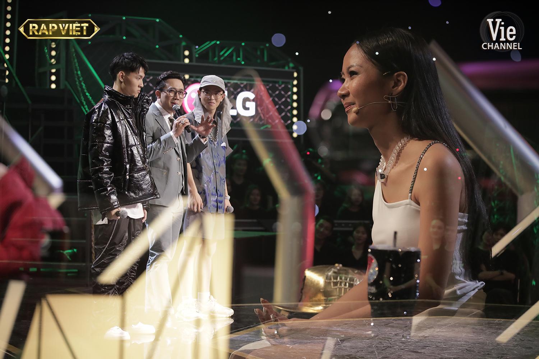 """""""Rap Việt"""": Suboi tung dàn chiến binh khủng, Gừng - Tage đối đầu cực căng khiến Trấn Thành cũng phải """"đau đầu"""" - Ảnh 2."""