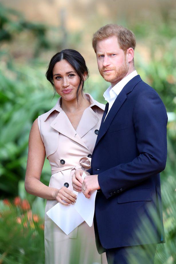 Công chúa nước Anh lộ vòng 2 lớn sau thông báo tin vui trong khi Meghan Markle được cho là cố tình chiếm spotlight nhưng bất thành - Ảnh 2.