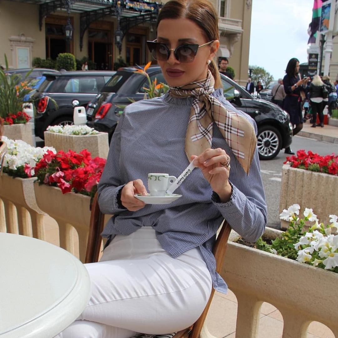 Gái Pháp mặc gì cũng sang và xinh lịm tim bởi họ rất ưu ái cho món phụ kiện nhỏ xinh này - Ảnh 5.