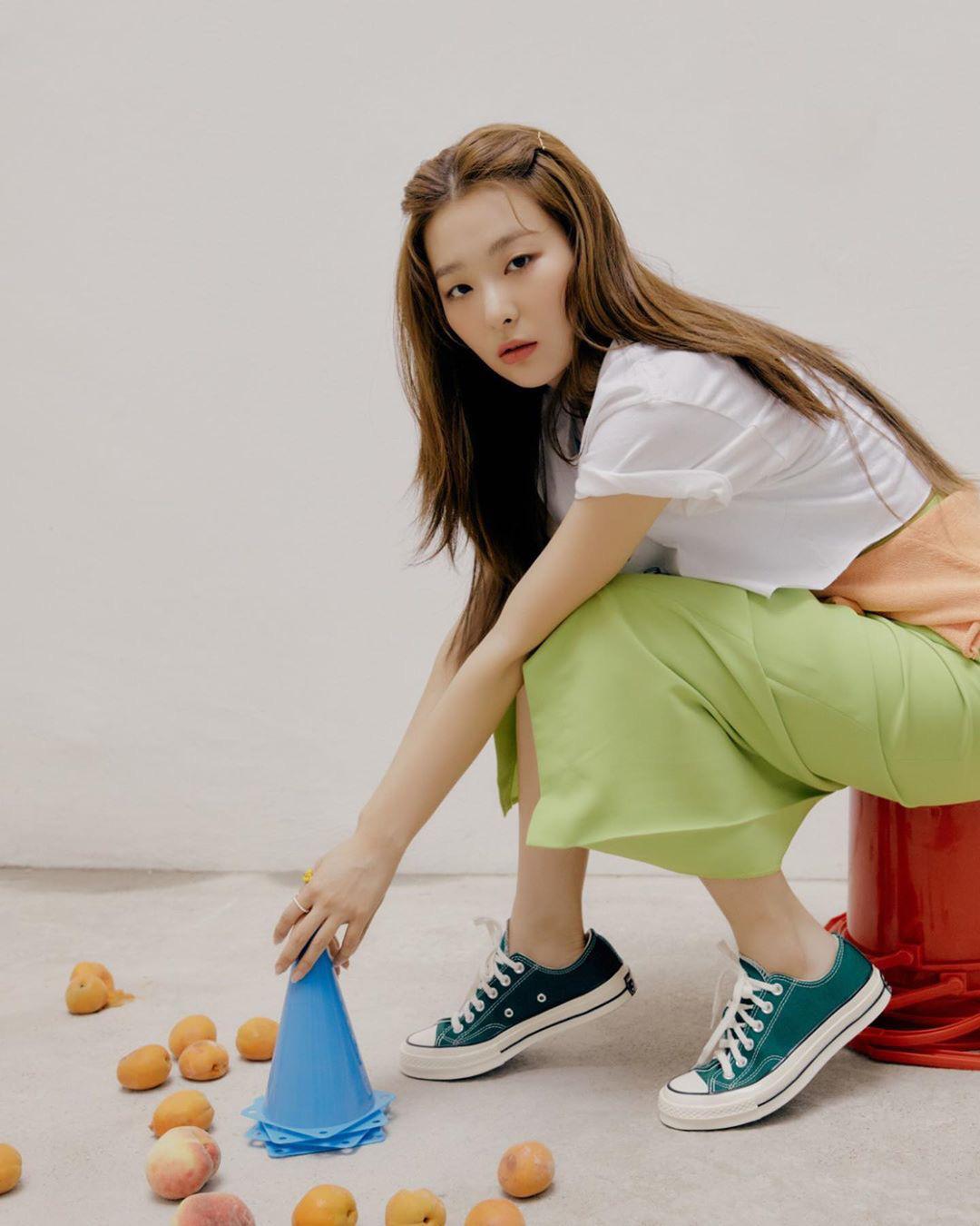 11 set đồ đời thường xinh trẻ của sao Hàn là ý tưởng mặc đẹp của chị em - Ảnh 10.