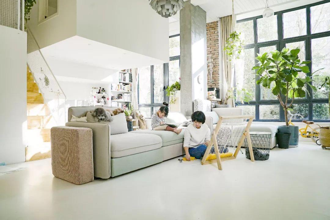 Cặp vợ chồng trẻ mua căn hộ giá rẻ, sau khi cải tạo khiến hàng xóm tiếc hùi hụi vì không thua kém gì căn hộ cao cấp - Ảnh 2.