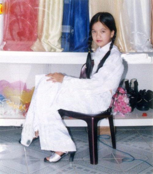 Sao Việt thời đi học: Người điệu sớm, người xinh không cần son phấn, người chân phương ngỡ ngàng - Ảnh 7.