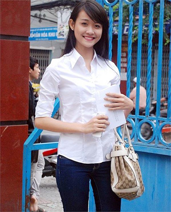 Sao Việt thời đi học: Người điệu sớm, người xinh không cần son phấn, người chân phương ngỡ ngàng - Ảnh 5.