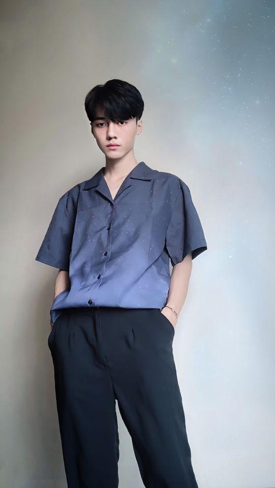 """Chàng trai 2001 gây bão MXH vì ngoại hình """"một trời một vực"""" sau thẩm mỹ, hiện tại đẹp ngang sao Hàn khiến cư dân mạng hốt hoảng không tin là 1 người - Ảnh 9."""