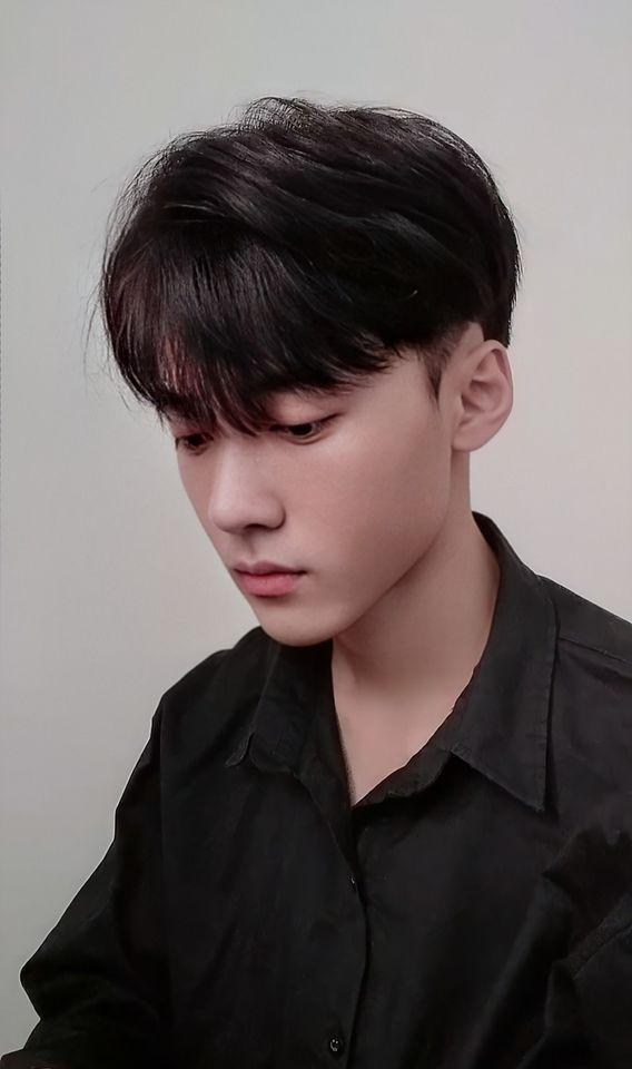 """Chàng trai 2001 gây bão MXH vì ngoại hình """"một trời một vực"""" sau thẩm mỹ, hiện tại đẹp ngang sao Hàn khiến cư dân mạng hốt hoảng không tin là 1 người - Ảnh 7."""
