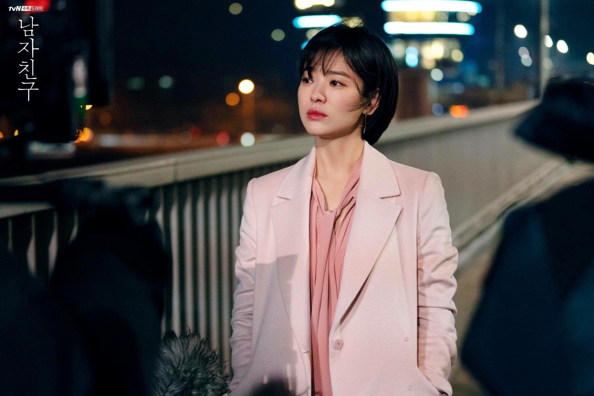 3 kiểu blazer sao Hàn hay diện trong phim, đã đẹp tinh tế còn không bao giờ lỗi mốt, nàng công sở rất nên học theo - Ảnh 1.
