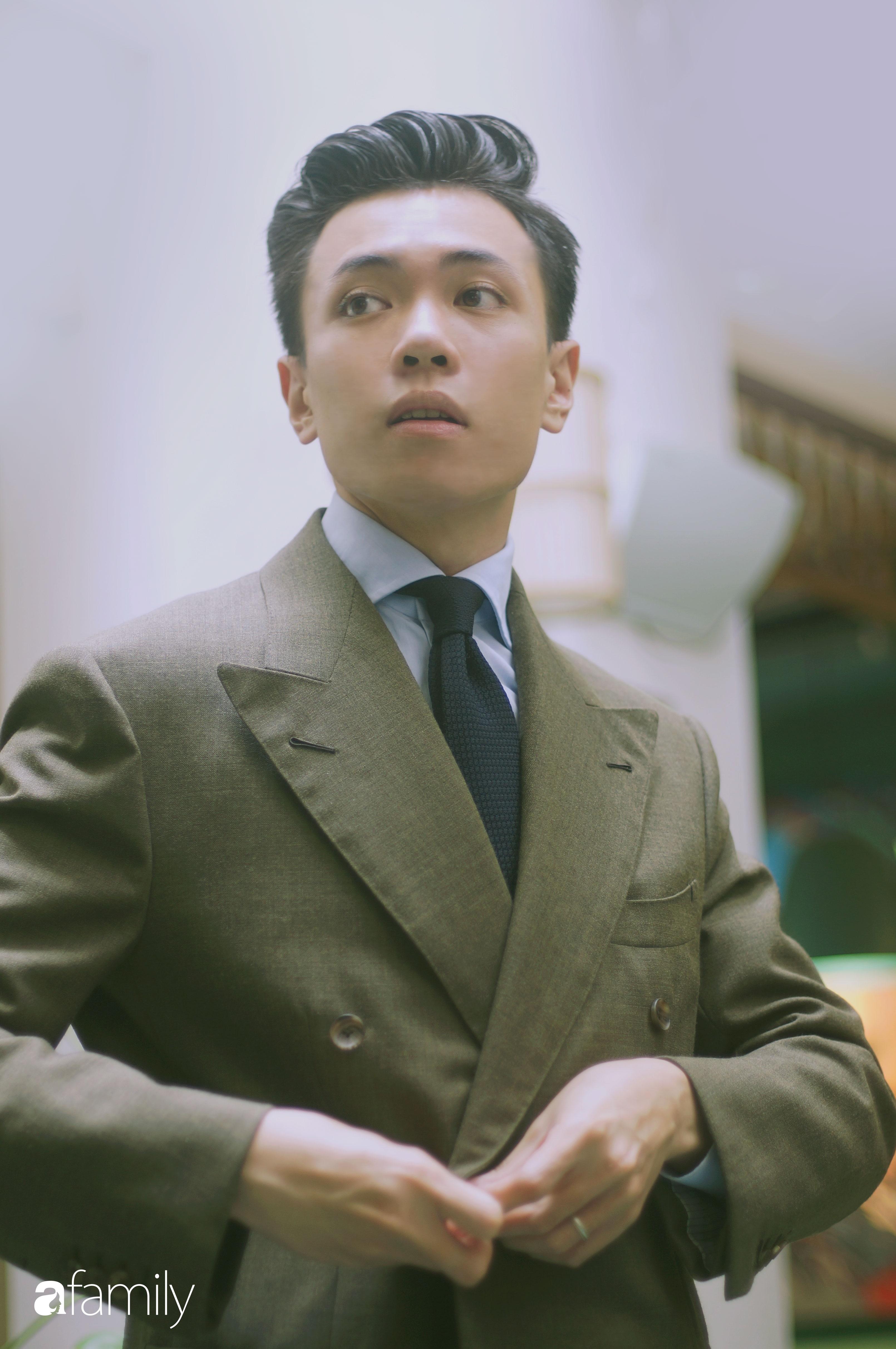 Đặng Trần Tùng – thầy giáo soái ca là 1 trong 5 người Việt đầu tiên đạt 9.0 IELTS  lần đầu kể về đám cưới với bạn học, suốt 5 năm ngoài vợ không có cô bạn nào thân khác - Ảnh 8.