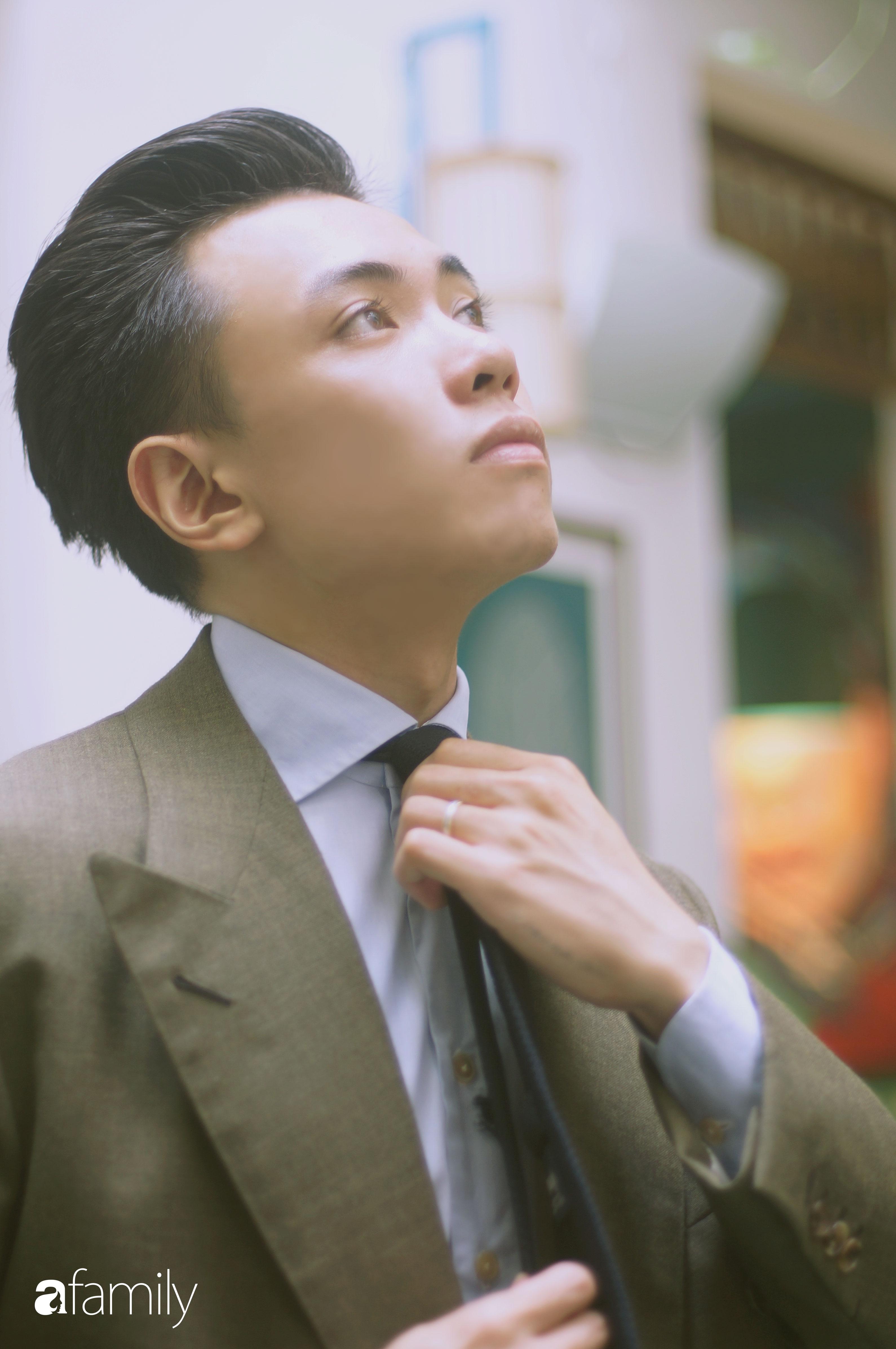 Đặng Trần Tùng – thầy giáo soái ca là 1 trong 5 người Việt đầu tiên đạt 9.0 IELTS  lần đầu kể về đám cưới với bạn học, suốt 5 năm ngoài vợ không có cô bạn nào thân khác - Ảnh 9.