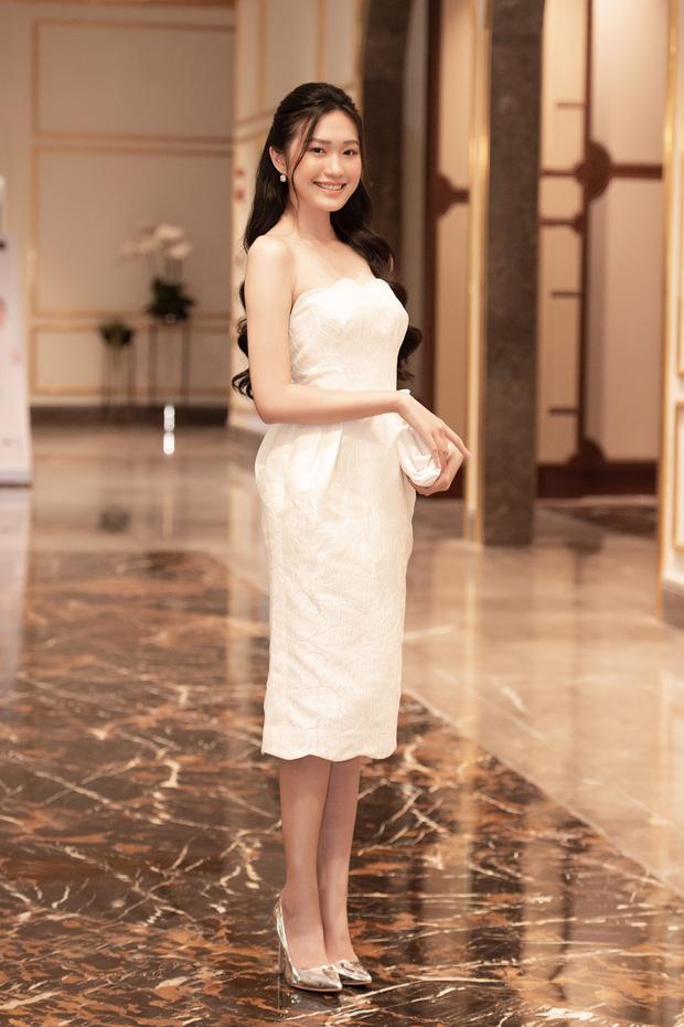 """Bất ngờ danh sách top 30 sơ khảo miền Bắc Hoa hậu Việt Nam 2020: Nhiều thí sinh bứt phá ngoạn mục, sốc nhất là trường hợp của """"bản sao Châu Bùi"""" - Ảnh 8."""