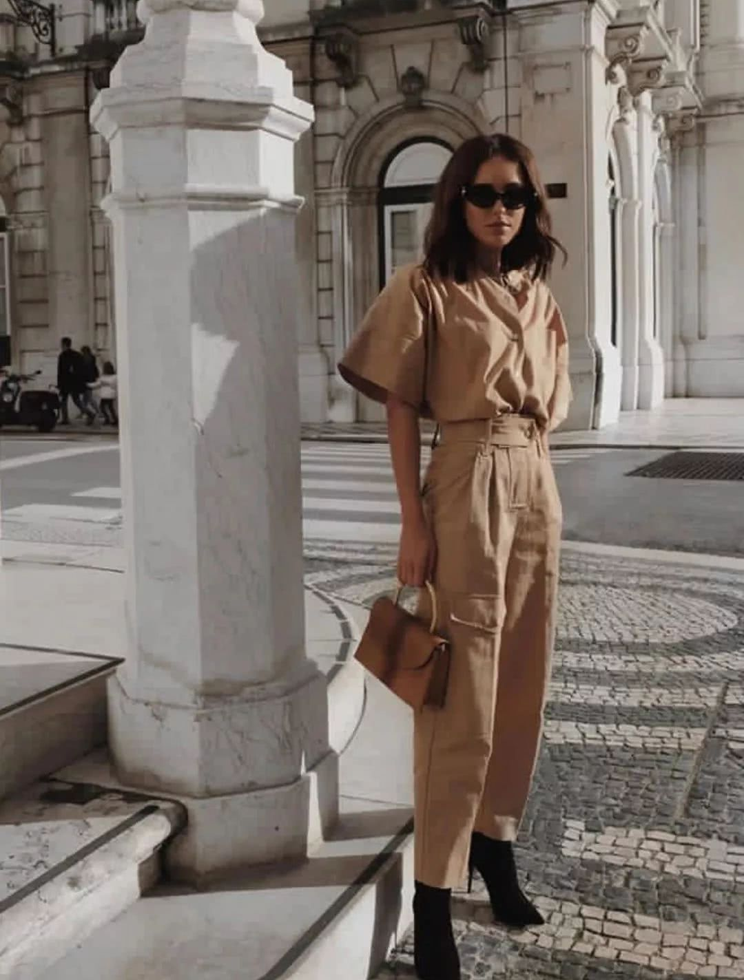 Nàng blogger chỉ cao 1m55 vẫn mặc đẹp quá và sang khiến đồng nghiệp khen tới tấp và thi nhau copy theo - Ảnh 2.
