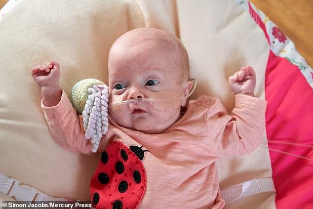 Chưa nguôi ngoai khi mất con đầu lòng, 2 năm sau mẹ lại chết lặng khi chứng kiến hình hài đứa con mới chào đời - Ảnh 7.