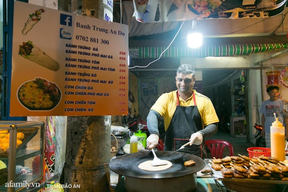 Đến phố lồng đèn ngỡ như lạc vào lễ hội ẩm thực của Sài Gòn, lạ miệng từ món Tây đến món ta - Ảnh 3.