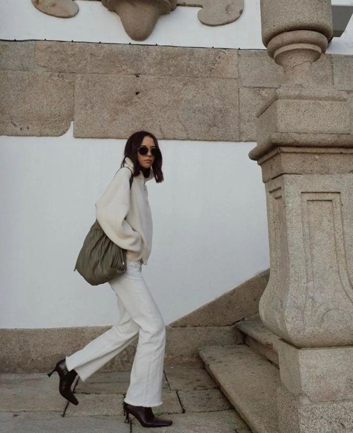 Nàng blogger chỉ cao 1m55 vẫn mặc đẹp quá và sang khiến đồng nghiệp khen tới tấp và thi nhau copy theo - Ảnh 12.