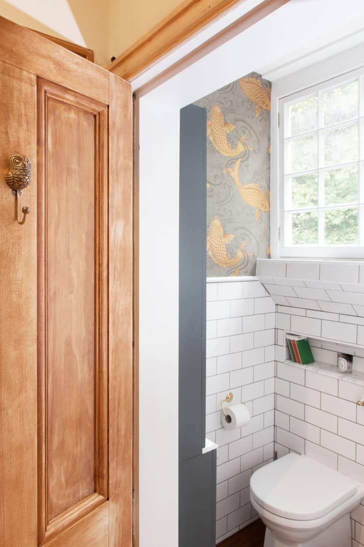 Cải tạo phòng tắm với giá siêu rẻ nhưng không gian đẹp lạ chỉ trong nháy mắt - Ảnh 5.