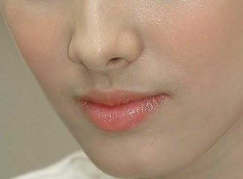 Khuôn mặt của những phụ nữ có tử cung yếu, dễ mắc bệnh phụ khoa thường có chung 4 đặc điểm này: Kiểm tra ngay xem có giống bạn không! - Ảnh 2.