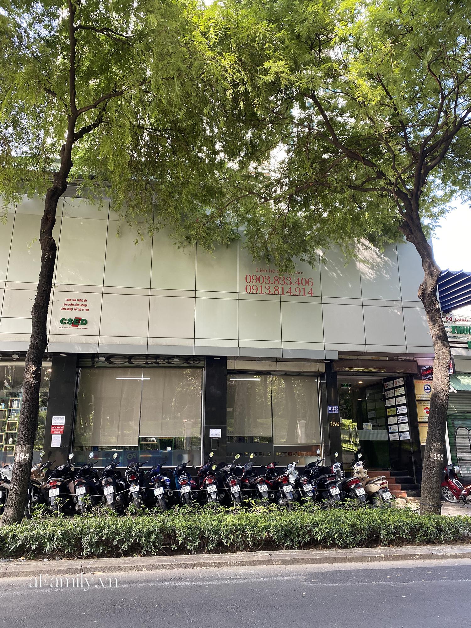 """Vừa thất bại đóng cửa quán cà phê đầu tiên tại trung tâm quận 1, chàng Bắp - Ngô Kiến Huy lại mở quán mới chỉ sau 1 năm nhưng lần này thật sự là """"choáng""""! - Ảnh 3."""