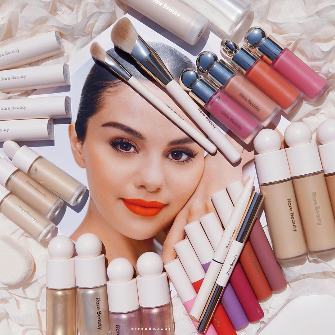 Mỹ phẩm Rare Beauty của Selena Gomez ra mắt hoành tráng, fan nô nức mua bill khủng dài như sớ  - Ảnh 4.