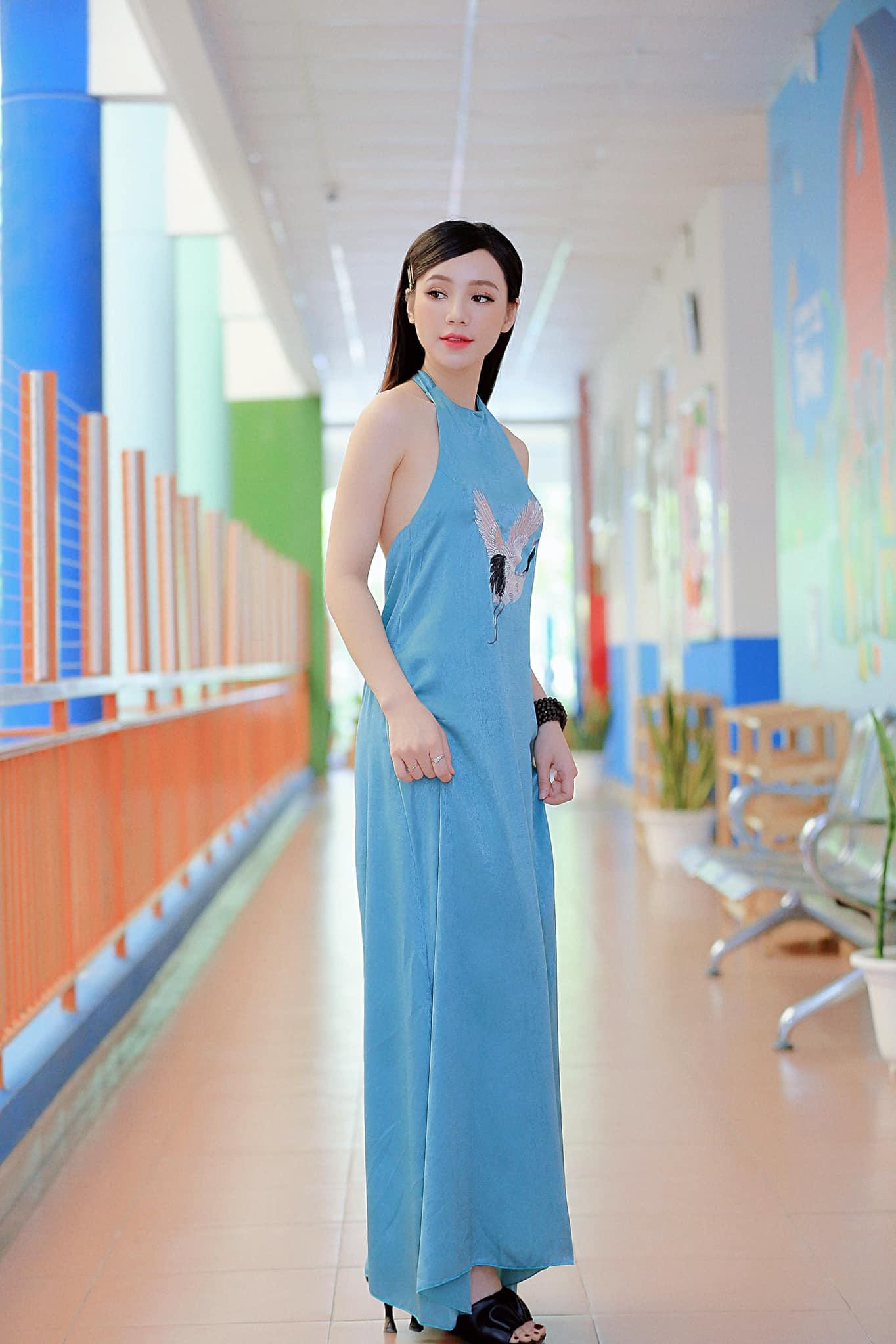 Ngược đời như Quỳnh Kool: Bình thường khéo ăn vận tôn dáng cao ráo, dự VTV Awards lại tự dìm vì đầm công chúa lỡ cỡ - Ảnh 11.